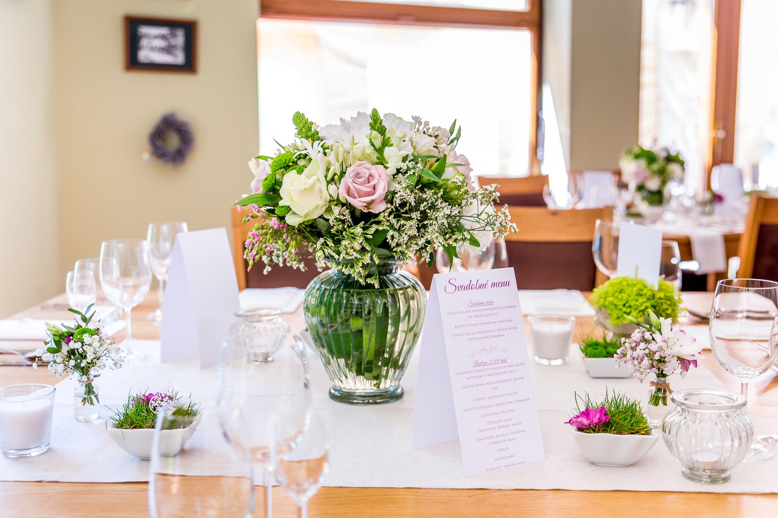 svadobná výzdoba obdĺžnikové stoly