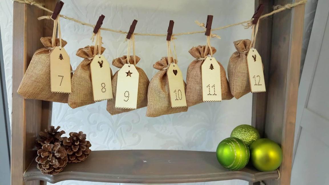 Adventné čísla 1-24 - Predaj organzy a svadobnej dekorácie ... c5e3b3e58f