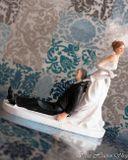 Svadobné postavičky na tortu - svadobné figúrky na tortu dáždnik
