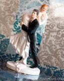 Svadobné postavičky na tortu - svadobné figúrky na tortu únos nevesty