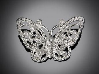 Brošňa na dekoráciu Motýľ 30x30x50mm 1ks