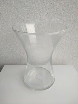 Sklenená váza Olívia